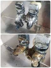 ガスコック油汚れ