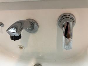 洗面所蛇口