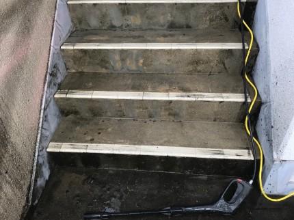 階段高圧洗浄